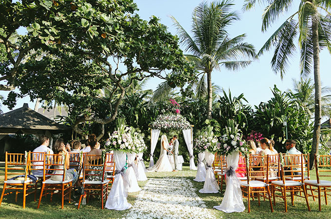 destination wedding bali mandira