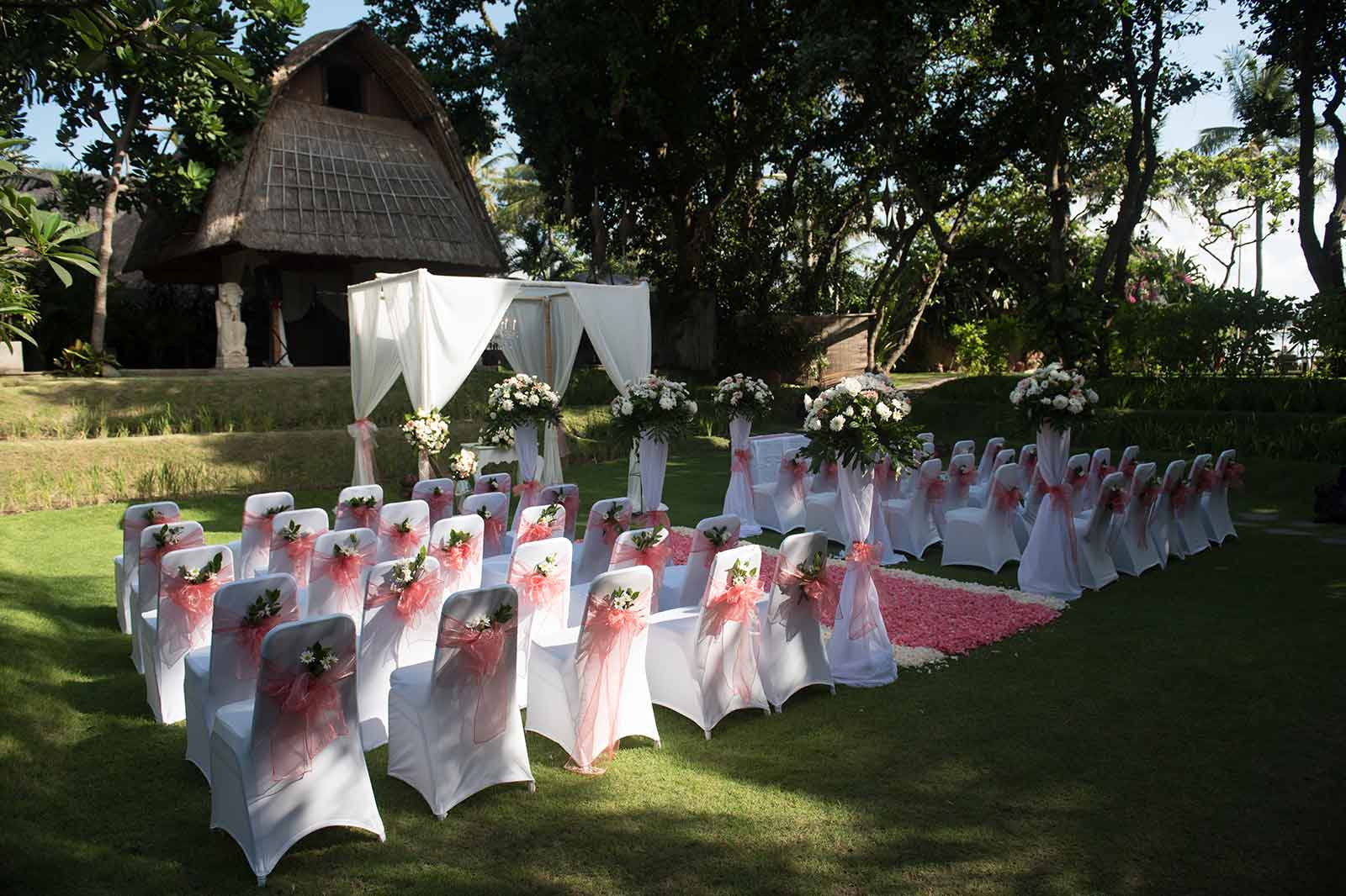 Bali-Mandira-Amanda-Wade-Wedding-07