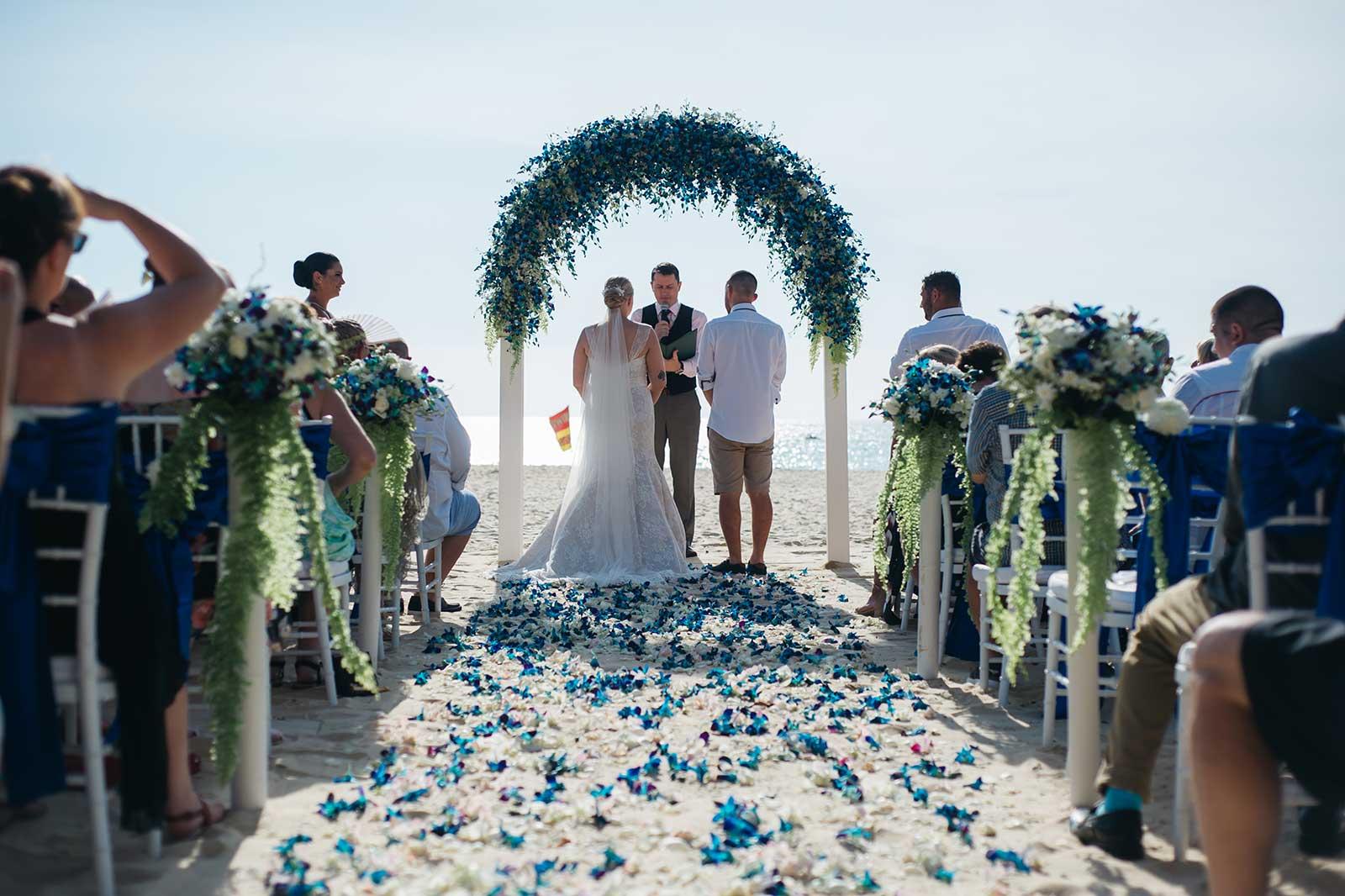 Centara-Grand-Beach-Resort-Kahlia-Luke-Wedding-11