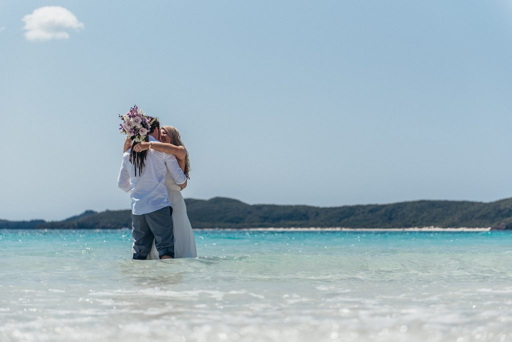 elopement beach australia how to