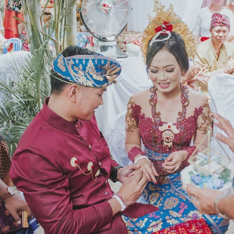 Bali wedding tradition