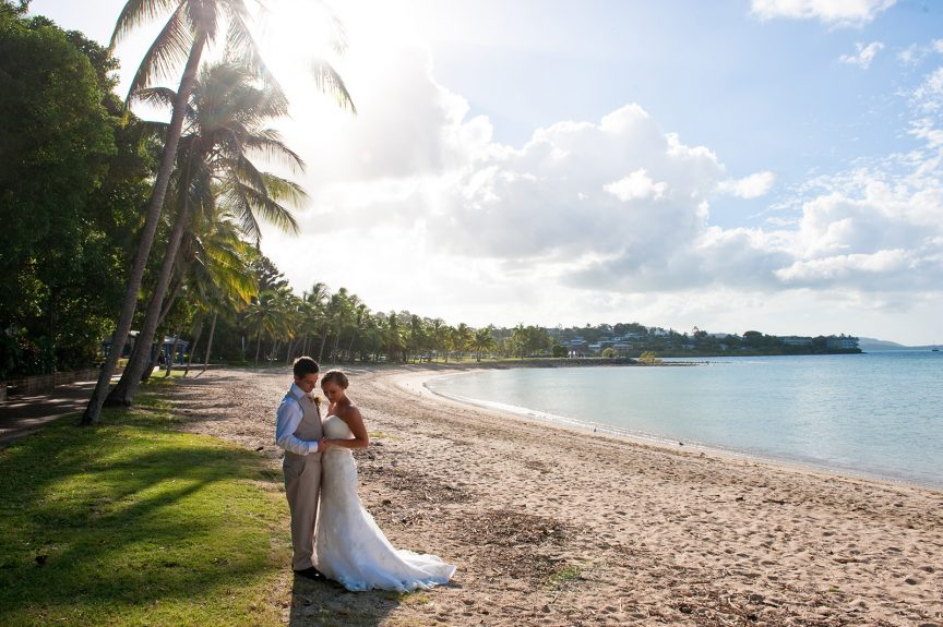 http://weddingswhitsundays.com.au/