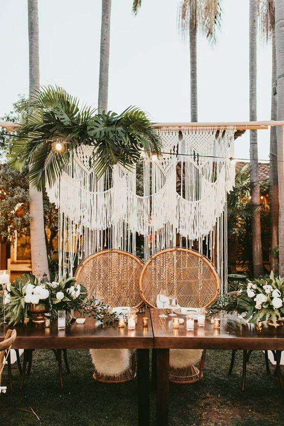 Styling Tropical Beach Wedding