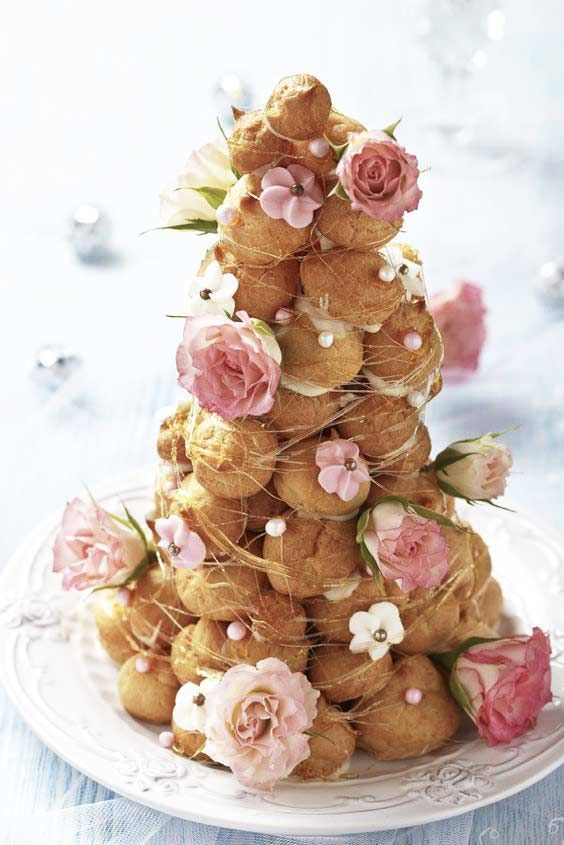 croquembouche wedding dessert