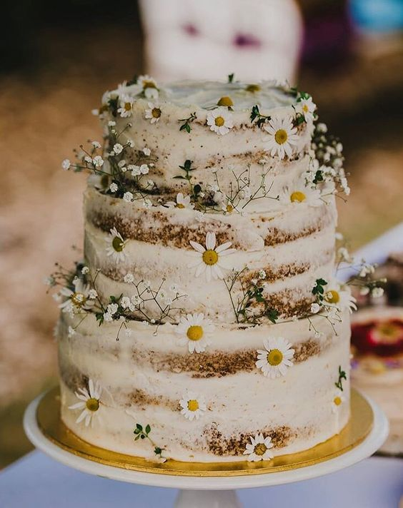 countryside wedding cake