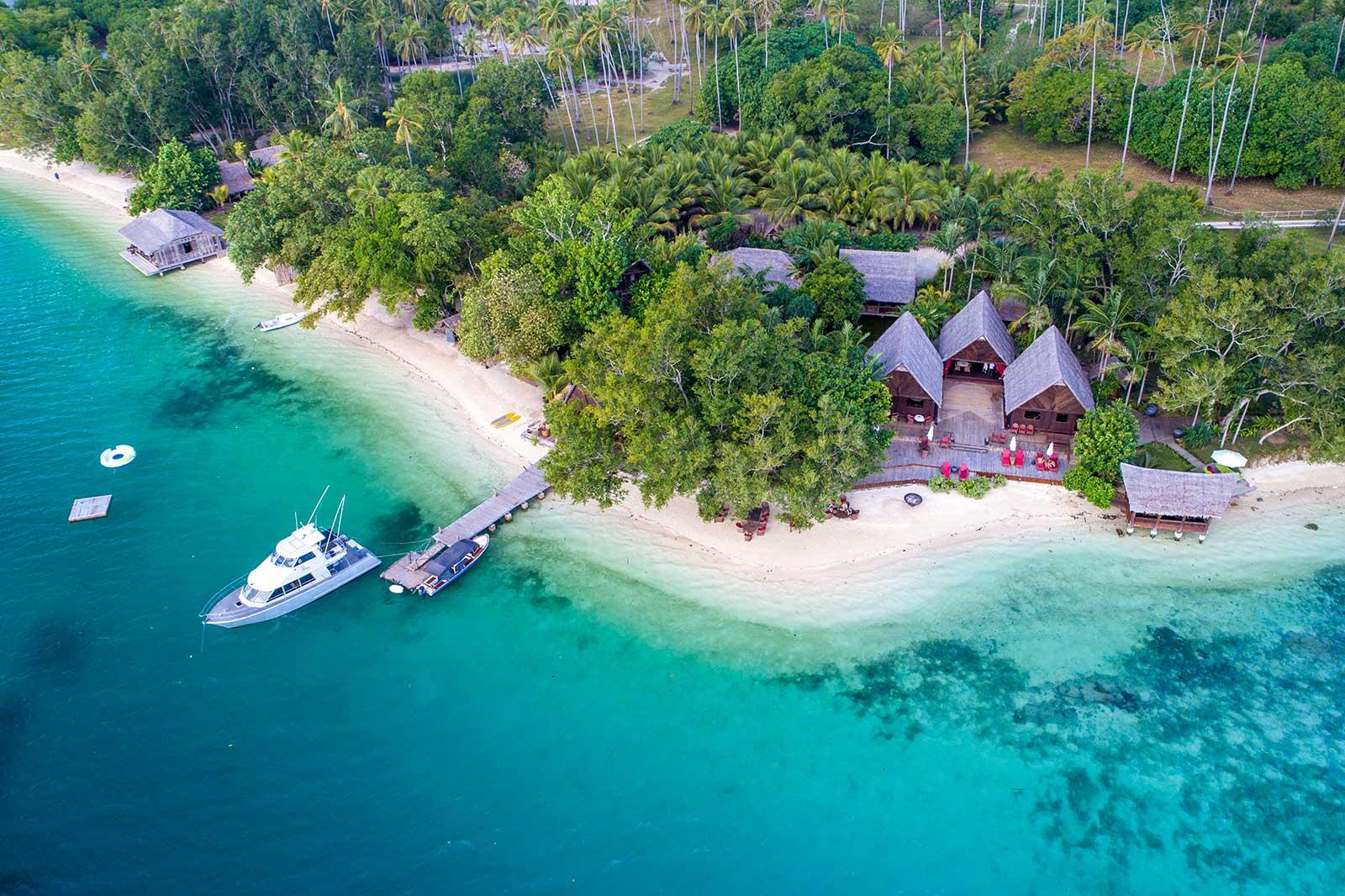 Romantic beach destination wedding vanuatu