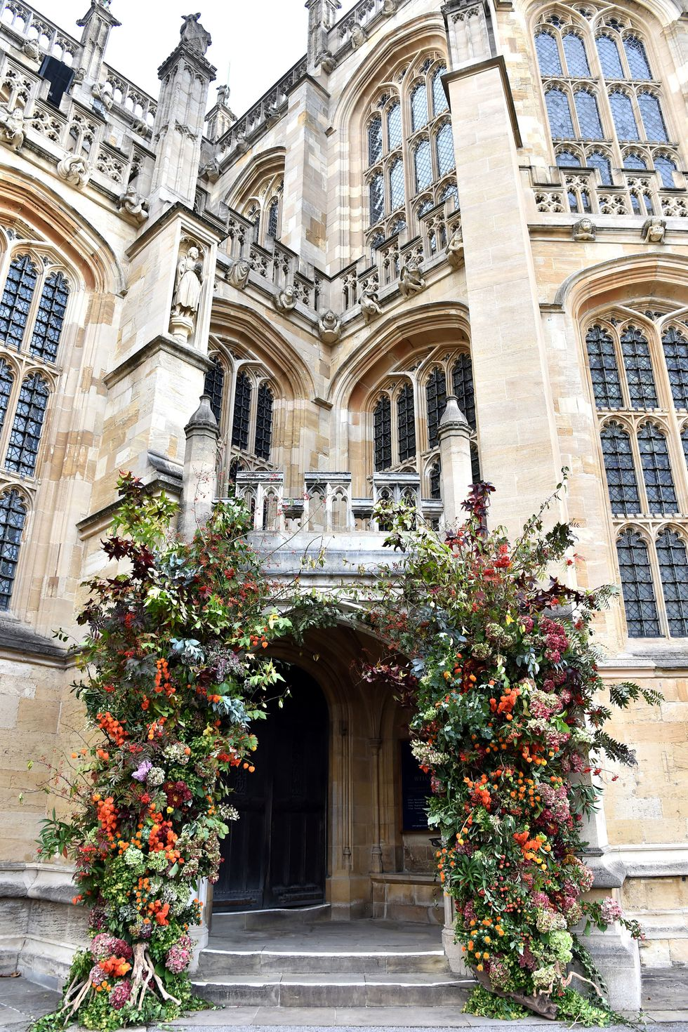 St George's chapel royal wedding flowers