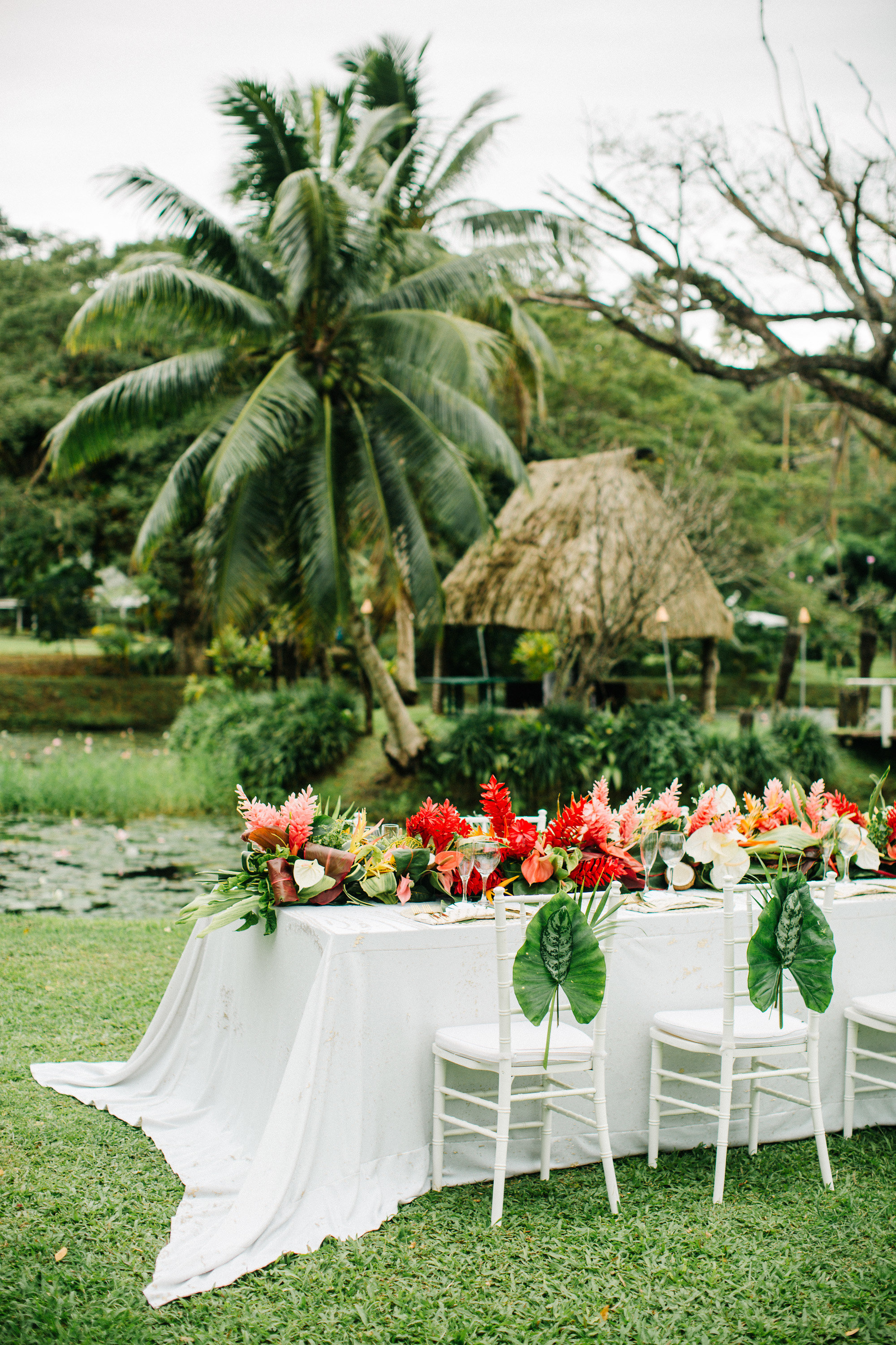 tropical reception set up