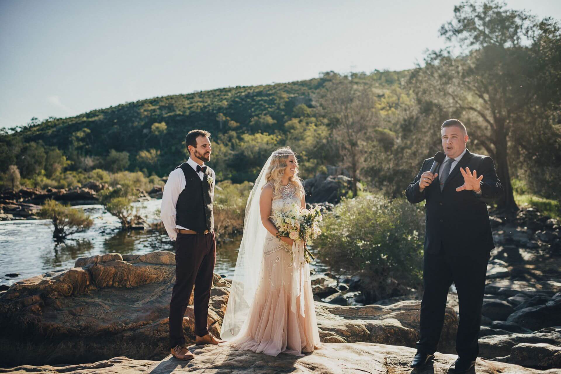 Australian Wedding Gifts For Overseas: How To Legally Elope Overseas And In Australia