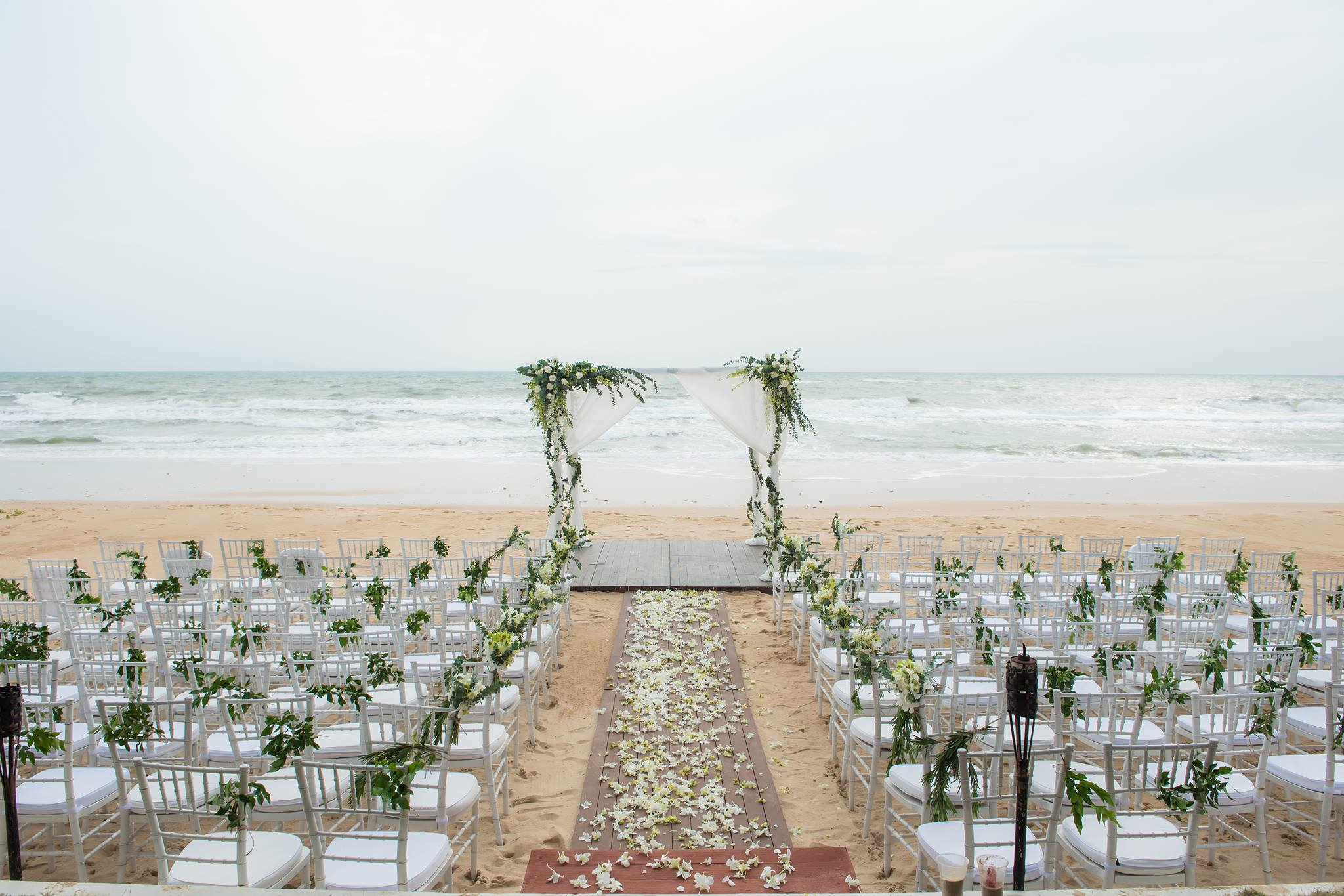 Akrya Beach Club Phuket Wedding