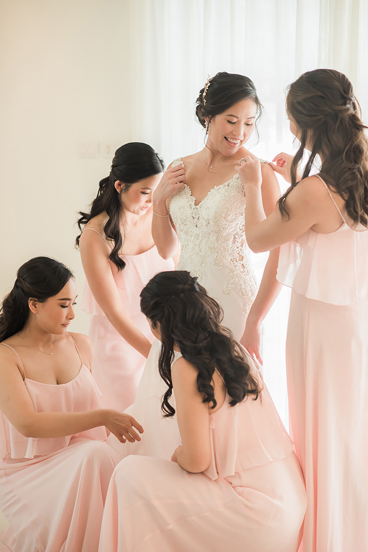 bride and bridemaids thailand