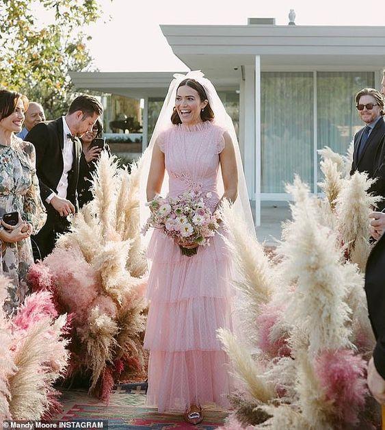 Alternative Wedding Dresses.Alternative Wedding Dresses Great Destination Weddings