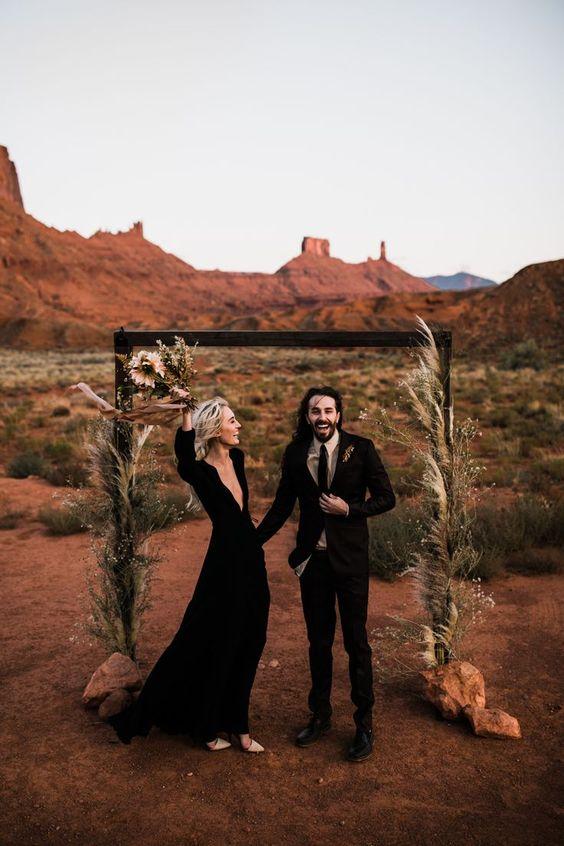 moab, utah elopement the hearnes