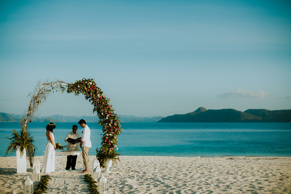 Club-Paradise-Palawan-wedding-03